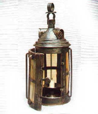 1301038068_craft_lantern.jpg