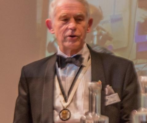 1447496659_The Upper Warden gives the vote of thanks (poor focus) (1 of 1) (764x800).jpg