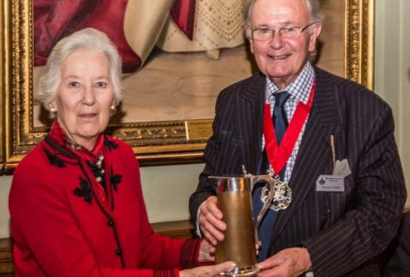 1454869436_The Alan Griffiths Horn Coffee jug being presented to the Master by Antonia Griffiths 1 (800x676).jpg